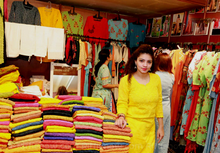 Hyderabad India discounts: Sales In Town