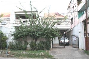 Meena Pamnani Art School