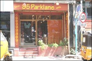 Tara's 95 Parklane