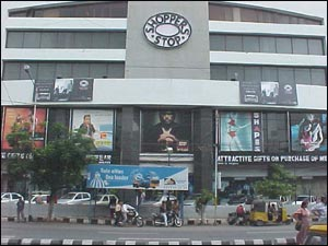 Shoppers' Stop (Clothing)