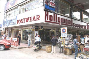 Hollywood Footwear