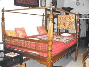 Art Antiqua (Furniture)