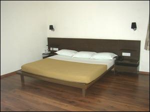 Reliant Suites