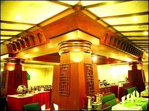 Dakshina Mandapa (Hotel Taj Tristar)