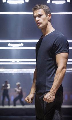 Divergent (english) reviews