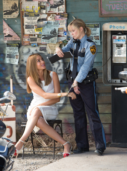 Hot Pursuit (english) - cast, music, director, release date