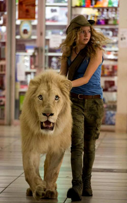 Mia & The White Lion (english) - show timings, theatres list
