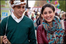 Ek Main Aur Ekk Tu (hindi) - show timings, theatres list