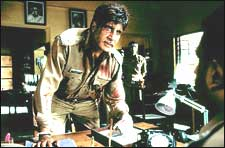 Khakee (hindi) - cast, music, director, release date