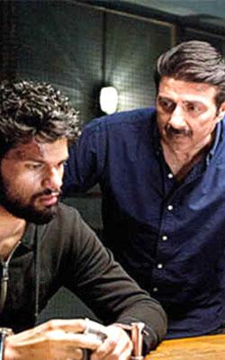 Blank (hindi) reviews
