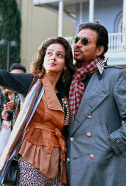 Hindi Medium (hindi) reviews