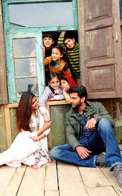 Notebook (Hindi) review: Notebook (Hindi) (Hindi) Movie Review ...