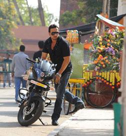Paisa Potti Problem (hindi) reviews