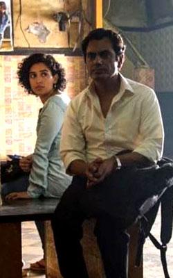 Photograph (hindi) reviews