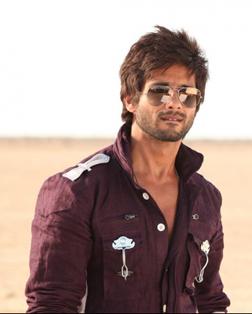 R... Rajkumar (hindi) - cast, music, director, release date