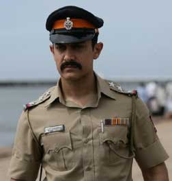 Talaash (Hindi) (hindi) reviews