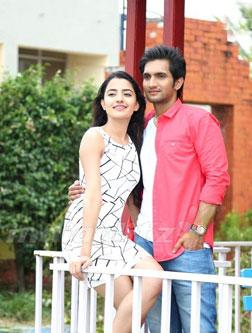 Aakatayi (telugu) - cast, music, director, release date