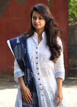 Arya Chitra (telugu) - cast, music, director, release date