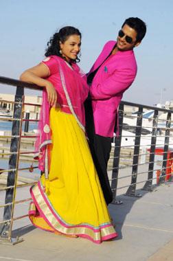 Gunde Jaari Gallanthayyinde (telugu) - cast, music, director, release date