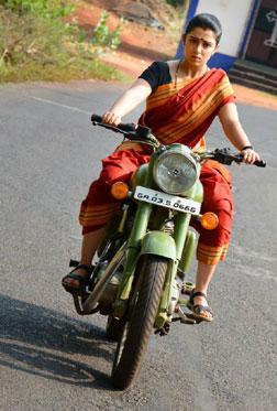 Jyothi Lakshmi (telugu) reviews