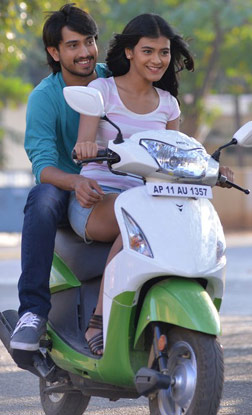 Kumari 21F (telugu) reviews