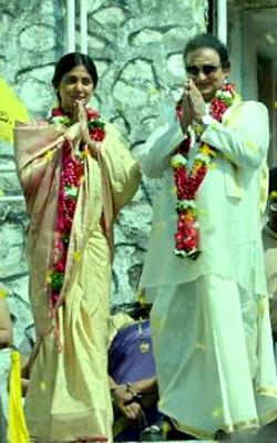 Lakshmi's NTR (telugu) reviews