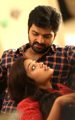 Mental Madhilo (telugu) - show timings, theatres list