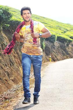 Pyar Mein Padipoyane (telugu) - cast, music, director, release date