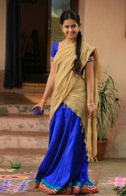 Uyyala Jampala (telugu) - cast, music, director, release date